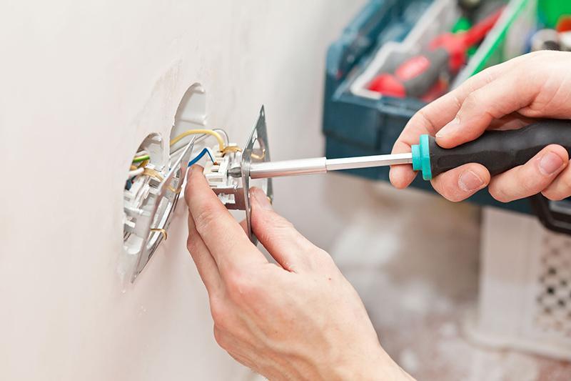instalarea contactului electric