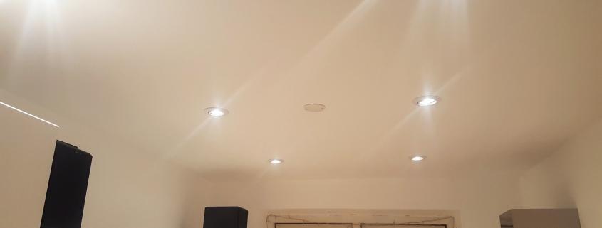 instalarea tavanelor electrice